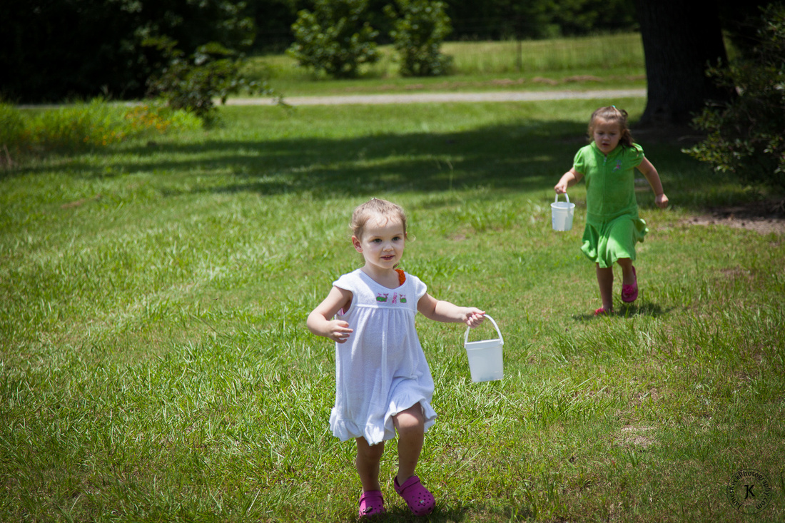 Audrey and Amelia Running at Shuqualak Farms